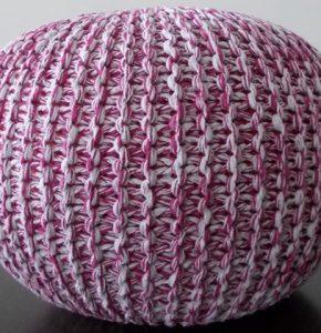 knitted-pouff-fuschia-white